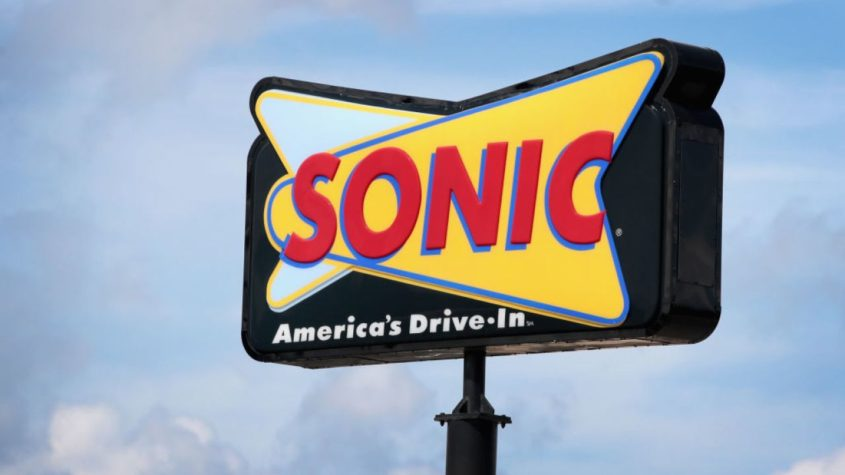 Woman Tells Sonic Server This One S On God Five 2 One
